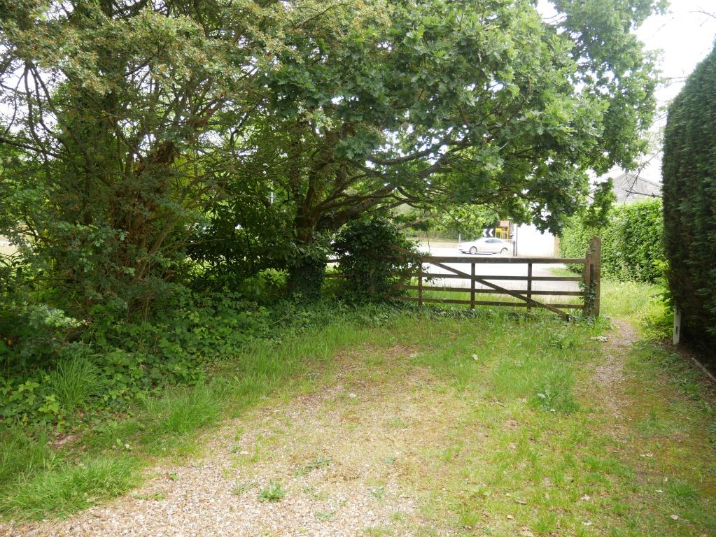 newly registered Batchworth Heath common