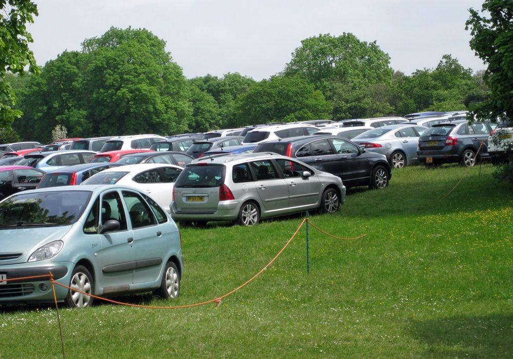 Parking overfllow onDurdham Downs
